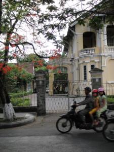 Scenes around Hue.